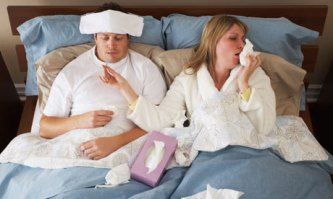 sick-day-couple-in-bed-001